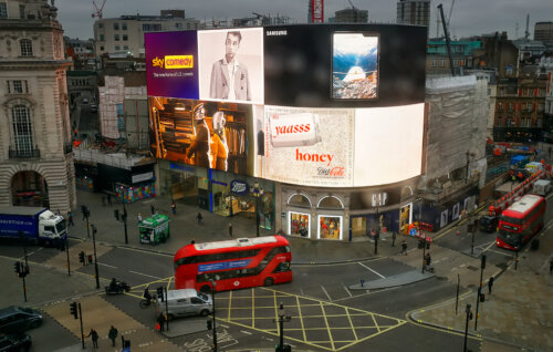 Piccadillly circus