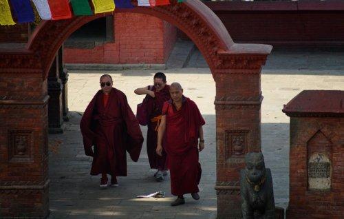 Mniši ve Swayambhunath