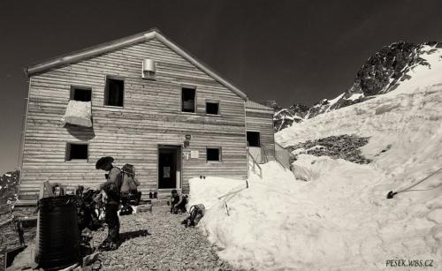 Chata Marco e Rosa 3 609 m
