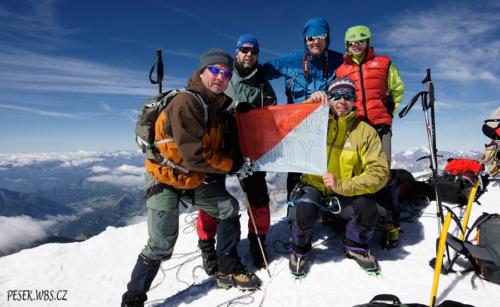 Castore 4 226 m - na vrcholu