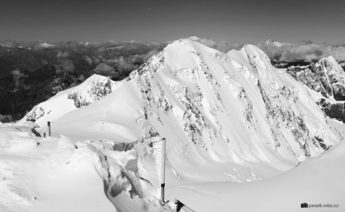 Liskamm 4 527 m z vrcholu Signallkuppe