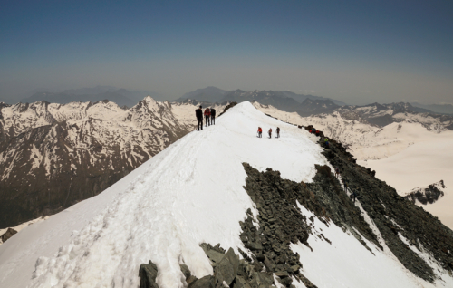 Vrcholový hřebínek Allalinhornu 4 027 m